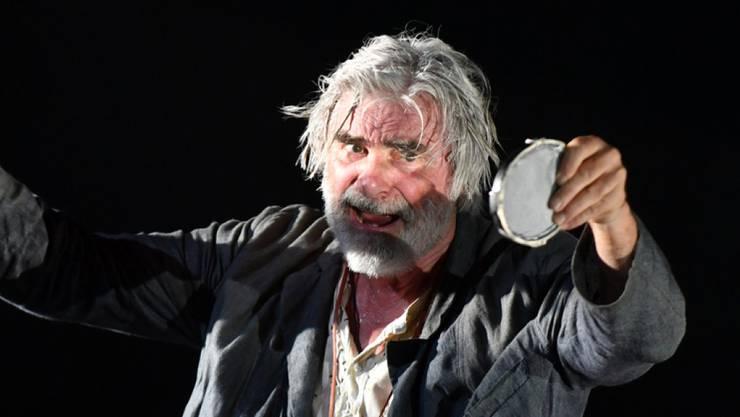 Das muss ihm erst einmal einer nachmachen: Film- und Theaterschauspieler Peter Simonischek steht heute Abend zum 200. Mal auf der Bühne der Salzburger Festspiele. (Archivbild)