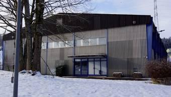 Die Militärsporthalle in Bremgarten wird einmal pro Monat von einem Statikexperten überprüft.
