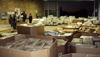 Seltener Fahndungserfolg im Jahr 2010: Die Polizei entdeckten einen Tunnel zwischen Tijuana und San Diego und beschlagnahmten mehrere Tonnen von Marihuana.