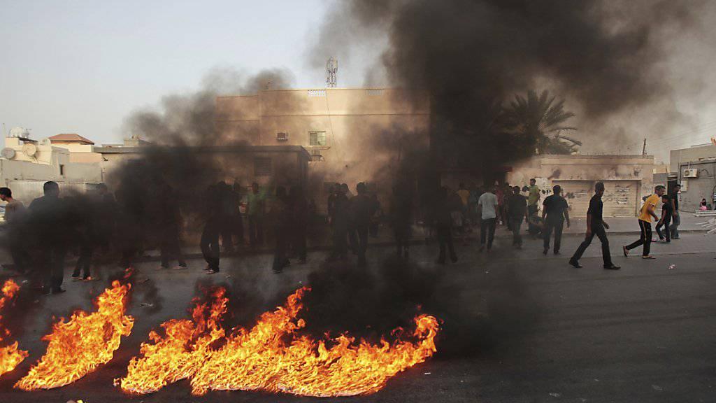 Proteste in Bahrain 2014. Drei Männer wurden nun in dem Land hingerichtet, weil sie 2014 einen Bombenanschlag verübt haben sollen. (Archiv)