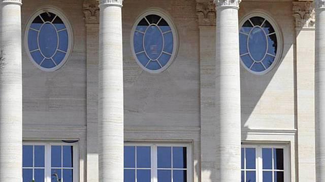 Eingang einer Luxus-Villa (Symbolbild)