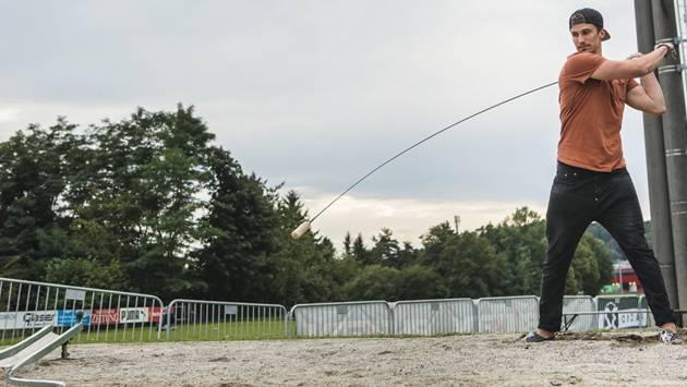 Roman Josi am Vorabend des Red Bull Hornussens in Zuchwil.