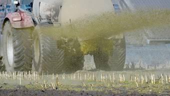 Schwaches US-Geschäft für den Landmaschinenhersteller Bucher: Bei den Landwirten drückten die von China auf US-Agrarprodukte verhängten Importzölle und Unwetter auf die Investitionsstimmung. (Symbolbild)