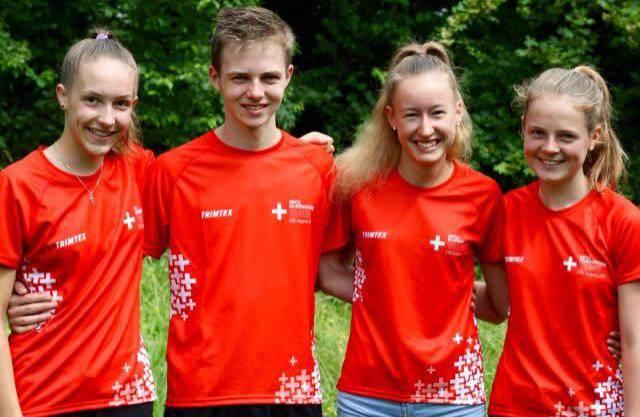 Sanna Hotz, Dominic Schacher,Eline Gemperle und Lilly Graber im Nat. Jun.-OL-Kader 2020