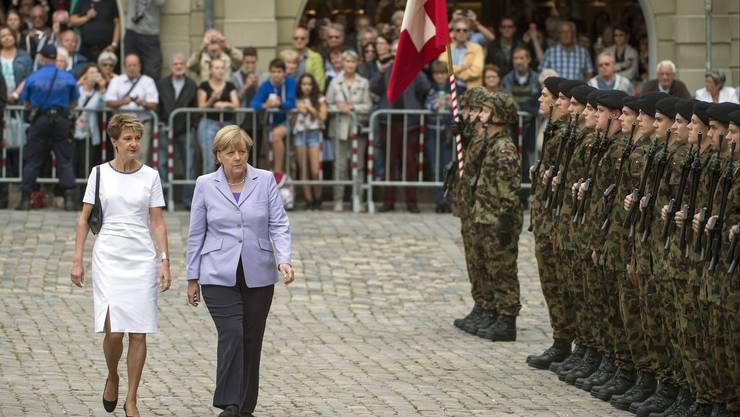 Angela Merkel mit Simonetta Sommaruga in Bern