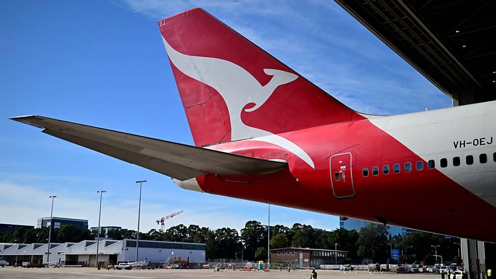 In der vergangenen Woche hatte die australische Fluggesellschaft Qantas eine Impfpflicht für alle Mitarbeitenden angekündigt. (Archivbild)