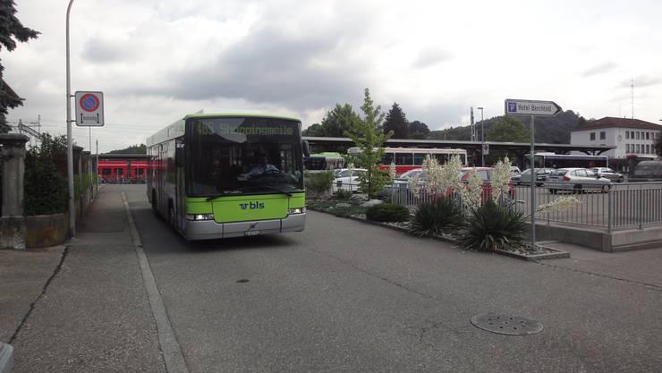 Die Kantone halten nichts von der Idee des Bundesrates, dass sich der Bund aus der Bestellung von Busdienstleistungen zurückzieht. (Symbolbild)