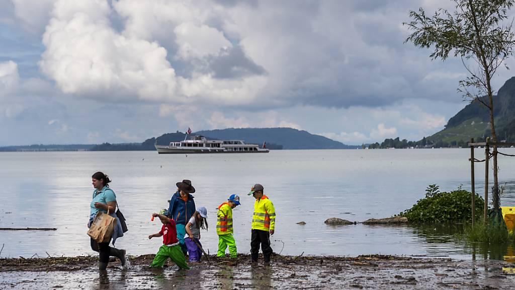 Hochwassersituation entspannt sich weiter - Pegel sinken deutlich