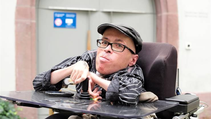Literaturwissenschafter Klaus Birnstiel arbeitet im Deutschen Seminar der Universität Basel. Momentan sammelt er Texte, in denen Behinderte vorkommen.K. Nars