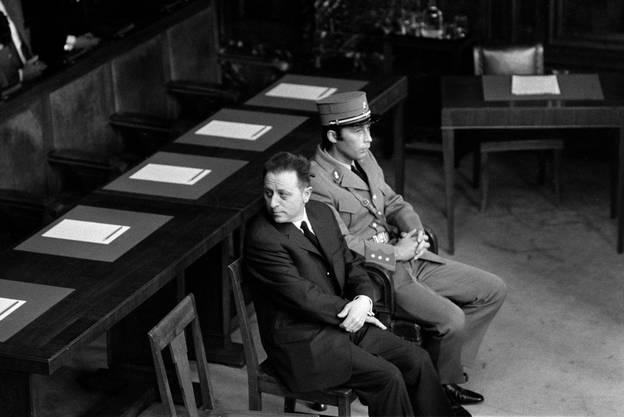 Alfred Frauenknecht (links) als Angeklagter vor  dem Bundesgericht in Lausanne.