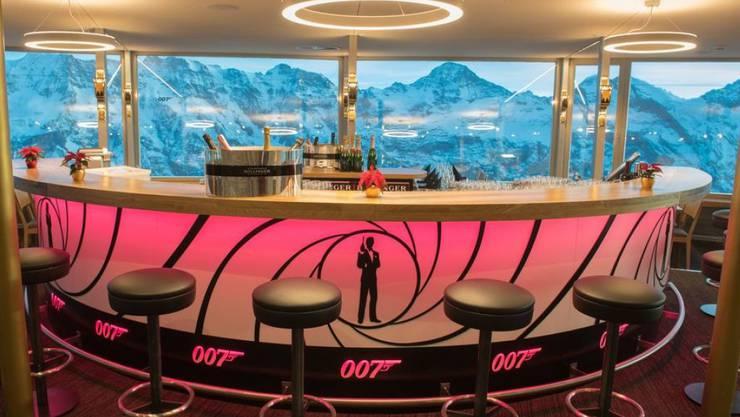 Einst der Sitz von Bond-Bösewicht Blofeld, heute Touristenmagnet: das Drehrestaurant Piz Gloria auf dem Schilthorn.