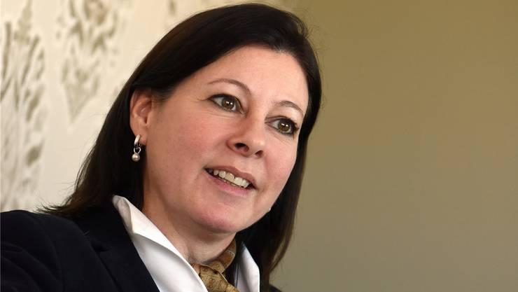 An der Sitzung vom 28. Mai sprachen sich alle für eine Teilnahme an Parlamentssitzungen während des Mutterschaftsurlaubs aus. Das heisst, bis auf eine einzige Stimme: Christine Frey.