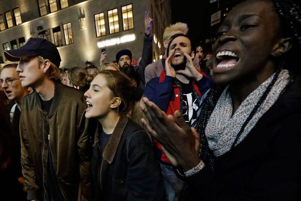 Trump-Gegner auf den Strassen (© KEYSTONE)