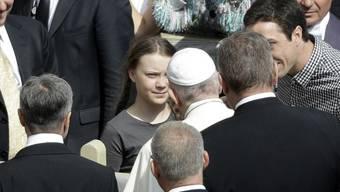 Umweltaktivistin Greta Thunberg und Papst Franziskus auf dem Petersplatz am Mittwoch.