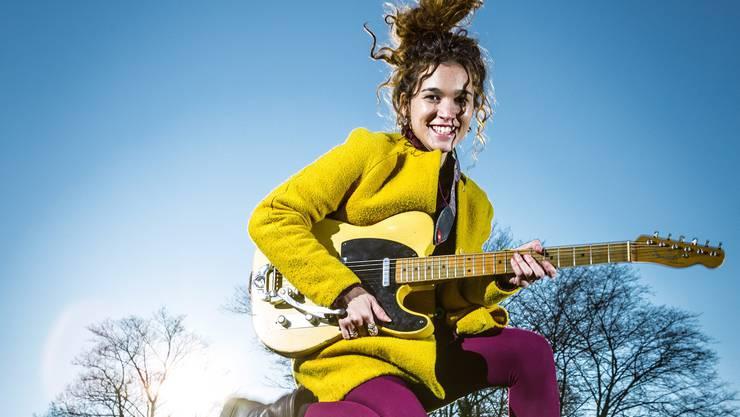Halb-Brasilianerin mit der Stimme eines ganzen Lebens: Iandara Brobecker in der Nähe ihres Tonstudios.