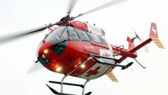 Die verletzte Frau musste mit dem Helikopter ins Spital geflogen werden.