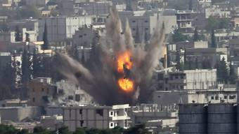 Detonation in der hart umkämpften Stadt Kobane.