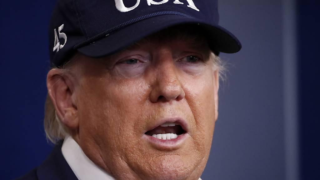Der Coronavirus-Test von US-Präsident Donald Trump ist negativ ausgefallen.