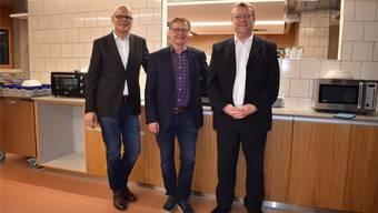 Urs Affolter, Hans Gloor und Hans Marthaler (v.l.) freuten sich über die pünktliche Eröffnung des Neubaus. nbo
