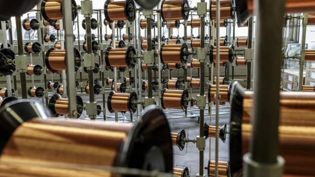 Kupferdrahtrollen bei Von Roll (Archiv)