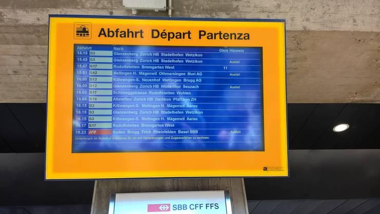 Züge fallen aus.