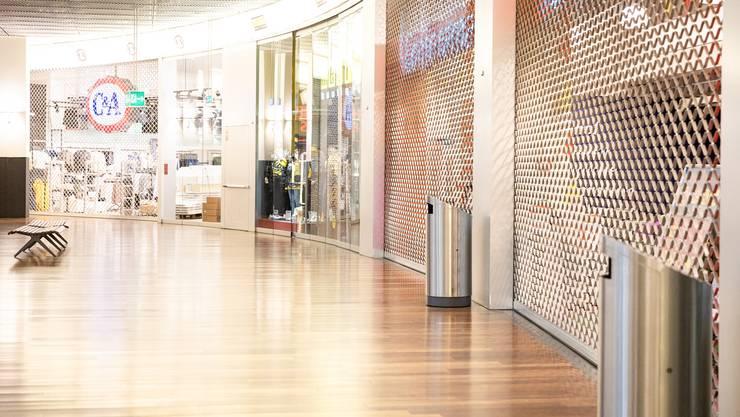 Viele Schweizer Firmen mussten wegen des Coronavirus ihre Läden schliessen. (Symbolbild)