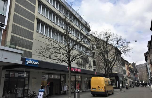 An der Badener Badstrasse baute Hotz 1962 für die Migros.