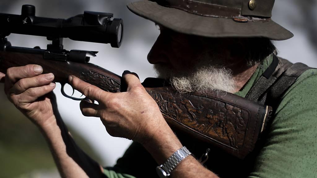 Bleihaltige Munition auf der Bündner Hochjagd wird verboten