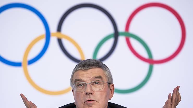 IOC-Präsident Thomas Bach will die US-Athleten dabei unterstützen, trotz Coronakrise an Wettkämpfen teilzunehmen. (Archivbild)