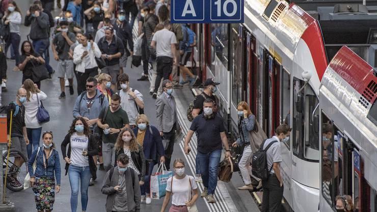 Die ständige und nichtständige Wohnbevölkerung der Schweiz ist auch im zweiten Quartal des laufenden Jahres gewachsen. (Symbolbild)