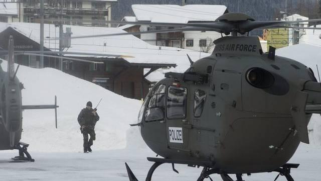 Helikopter der Schweizer Luftwaffe in Davos
