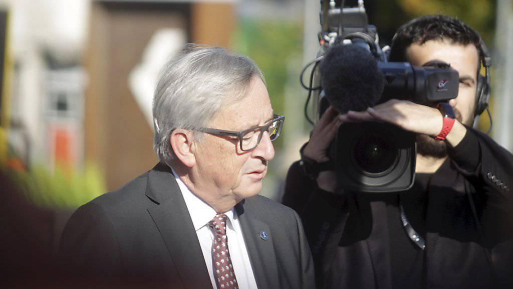 In Tallinn wird nicht nur über die digitale Wirtschaft geredet: EU-Kommissionspräsident Juncker kritisierte die zu langsamen Fortschritte in den Brexit-Verhandlungen.