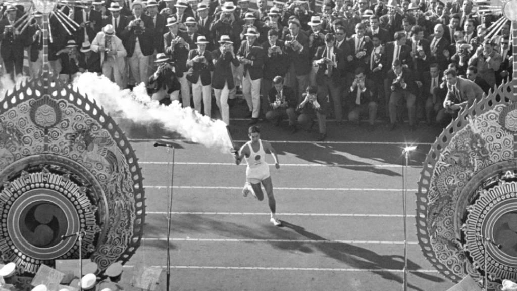 Also noch alle die Ankunft der olympischen Fackel miterleben durften: Eröffnungsfeier der Olympischen Spiele 1964 in Tokio