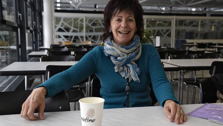Die Mensa der Kanti Solothurn diente für das Treffen auf einen Kaffee mit Pia Bucher. An der Schule hat sie nach dem Ende der Profikarriere 20 Jahre lang unterrichtet.