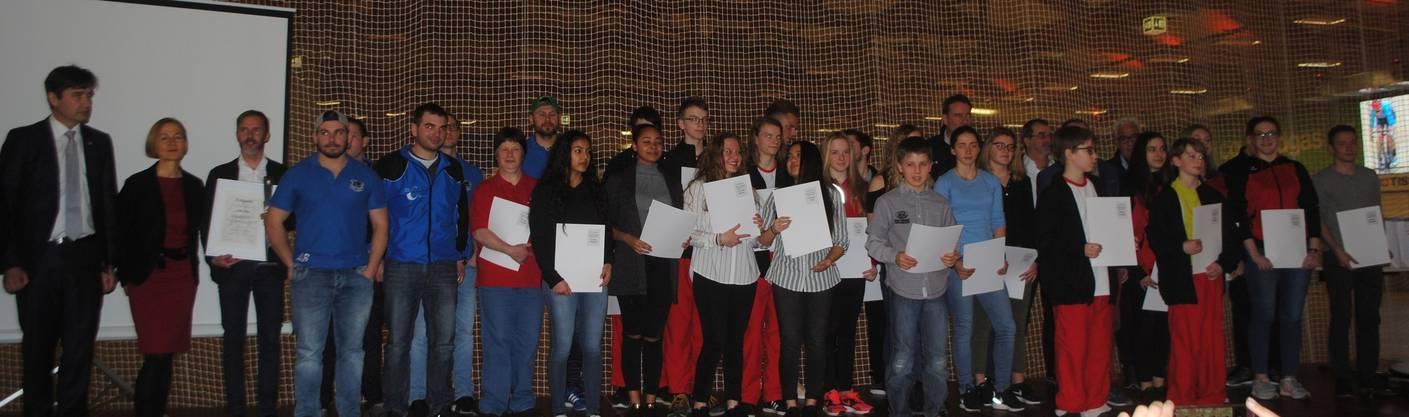 An der Sportlerehrung im Velodrome wurden 42 Personen für ihre Leistungen in 14 Sportarten ausgezeichnet.