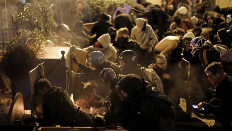 Seit Tagen protestieren katalanische Unabhängigkeitsbefürworter gegen das Urteil von Spaniens Oberstem Gerichtshof.