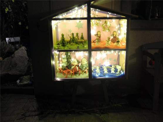 Am Gänsackerweg in Gipf-Oberfrick haben die Familien Kägi und Wegmüller eigens ein dekoriertes Häuschen gebaut.