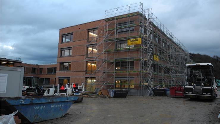 Diese Woche findet die Abnahme des Schulhaus-Neubaus auf dem Engerfeld-Areal statt.