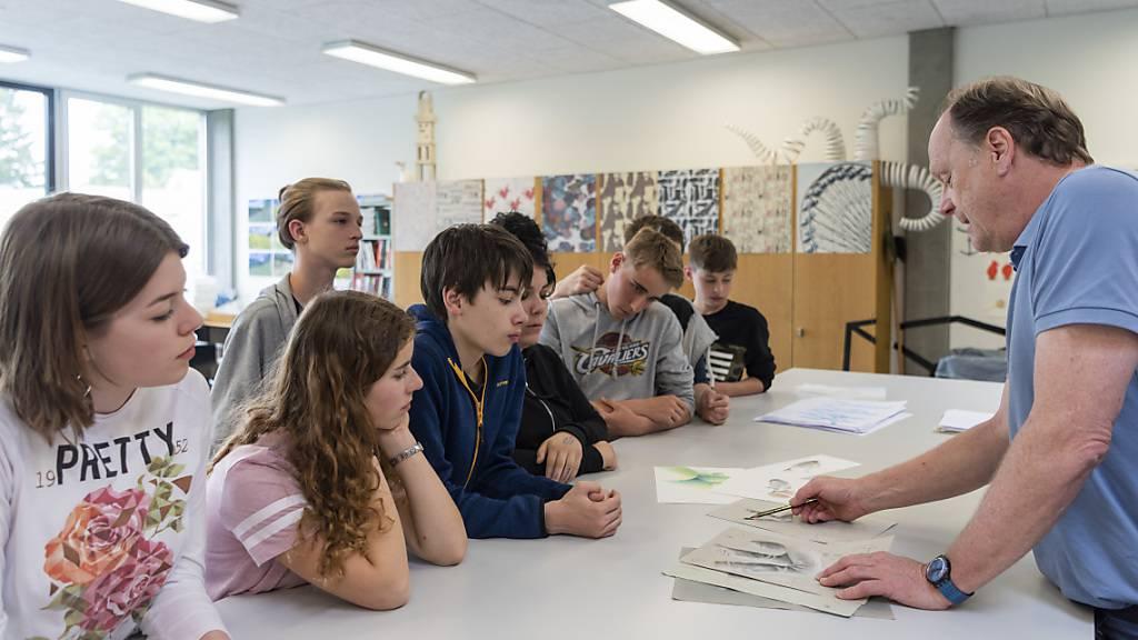 Qualifizierte Lehrpersonen fehlen an vielen Schulen