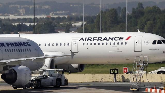 Maschinen der Air France am Montag auf dem Pariser Flughafen Orly