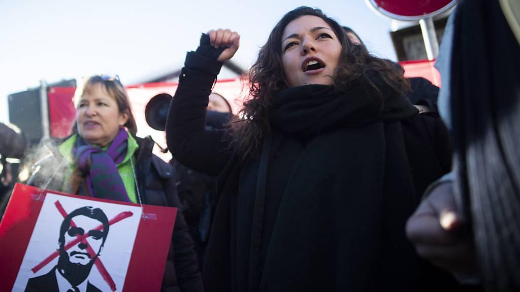 WEF: Demonstranten kritisieren die Mächtigen in Davos
