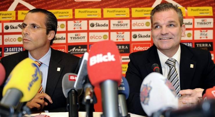 Als alles anfing: 15. Oktober 2009. Sean Simpson wird vom damaligen Verbandspräsident Philipp Gaydoul als neuer Nati-Trainer vorgestellt.