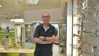 Martin Banz in seinem Optik-Fachgeschäft in der Marktpassage.