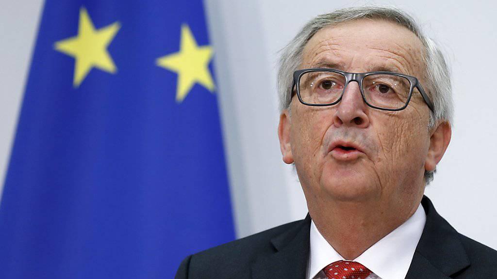 Beim Besuch von EU-Kommissionspräsident Jean-Claude Juncker im November war von Tauwetter die Rede. Nun scheinen sich die Beziehungen zwischen der Schweiz und der EU erneut zu verschlechtern. (Archiv)