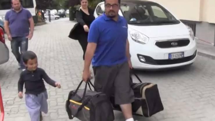 Der Mann der Syrerin, die bei der Rückschaffung eine Totgeburt erlitten hatte, in Mailand.
