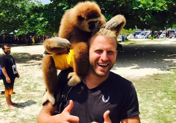 Der Tessiner Fussballprofi Carlo Polli hat der Schweiz den Rücken gekehrt und seine Karriere in Malta und Vanuatu fortgesetzt.
