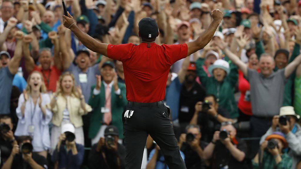 Die Menge tobt, Tiger Woods auch