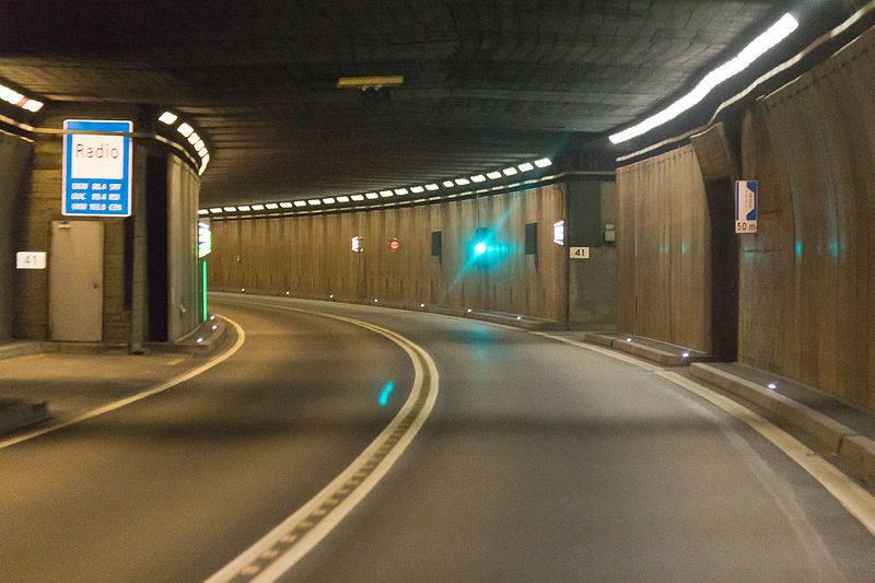 Der Bau des Gotthard-Strassentunnels erfolgte von 1970 bis 1980