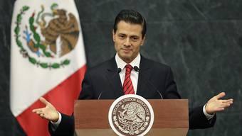 Nach dem Wahlsieg Donald Trumps in den USA trat Mexikos Präsident Enrique Peña Nieto vor die Medien. Zuvor hatte er dem neu gewählten US-Präsidenten gratuliert und vereinbart, dass sie sich vor dem Amtsantritt treffen würden.