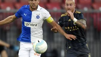 Die Grasshoppers mit Benjamin Lüthi mussten sich Fenerbahçe mit Torschütze Miroslav Stoch (rechts) auch im Rückspiel geschlagen geben